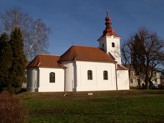 Fasáda kostela Ždětín
